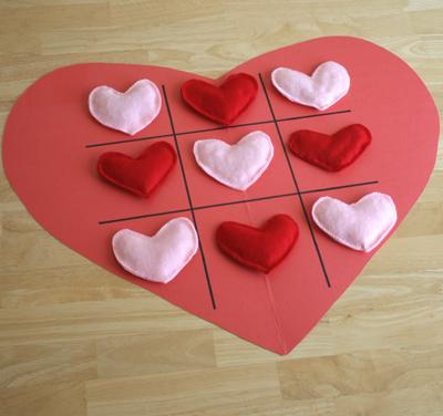 Tic-Tac-Toe-de-fieltro-para-San-Valentin